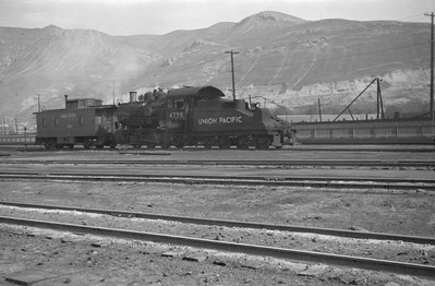 UP_0-6-0_4750-switching_Salt-Lake-City_1946_001_Emil-Albrecht-photo-0216-rescan