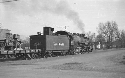 D&RGW_2-8-2_1212-with-train_Salt-Lake-City_1946_002_Emil-Albrecht-photo-0216-rescan