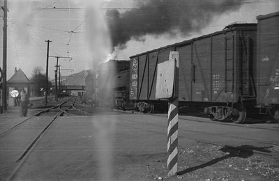 UP_2-8-0_569-with-train_Salt-Lake-City_1946_002_Emil-Albrecht-photo-0216-rescan