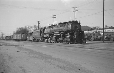 UP_4-6-6-4_3804-with-train_Salt-Lake-City_1946_001_Emil-Albrecht-photo-0216-rescan
