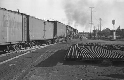 UP_4-6-6-4_3964-with-train_Ogden_Sep-21-1946_002_Emil-Albrecht-photo-204-rescan