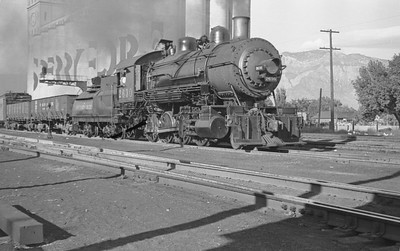 SP_2-8-0_2630-switching_Ogden_Sep-21-1946_Emil-Albrecht-photo-204-rescan