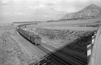 UP_4-6-6-4_3835-with-train_Garfield_1946_003_Emil-Albrecht-photo-0213