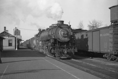 UP_4-8-2_7016-with-train_Cache-Jct_1946_001_Emil-Albrecht-photo-0209-rescan
