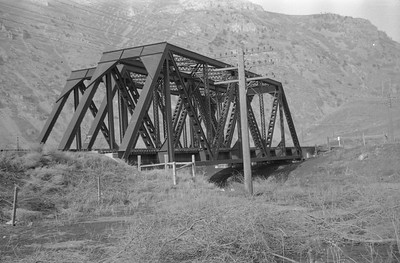 UP_Bridge-964-26_near-Devils-Slide_1946_002_Emil-Albrecht-photo-0217-rescan