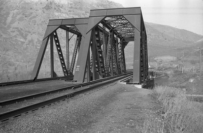 UP_Bridge-964-26_near-Devils-Slide_1946_001_Emil-Albrecht-photo-0217-rescan