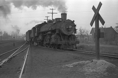 UP_4-6-2_3117-with-train_Ogden_1946_002_Emil-Albrecht-photo-0217-rescan