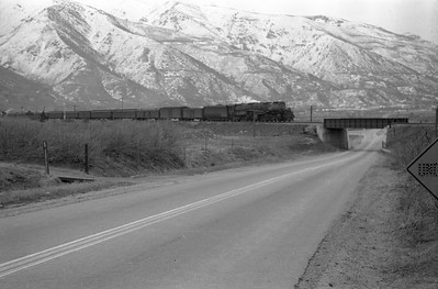 UP-train_Uintah_1946_001_Emil-Albrecht-photo-0217-rescan