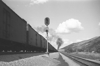 UP_4-6-6-4_3995-with-train_Echo_Aug-30-1947_007_Emil-Albrecht-photo-0223