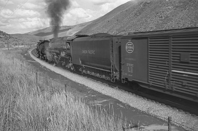 UP_4-6-6-4_3953-with-train_near-Echo_Aug-30-1947_002_Emil-Albrecht-photo-0223