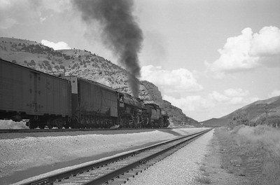 UP_4-6-6-4_3995-with-train_Echo_Aug-30-1947_005_Emil-Albrecht-photo-0223