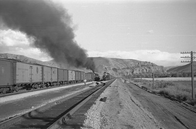UP_4-6-6-4_3967-with-train_Echo_Aug-29-1947_003_Emil-Albrecht-photo-0222