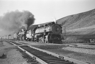 UP_4-6-6-4_3967-with-train_Echo_Aug-29-1947_001_Emil-Albrecht-photo-0222