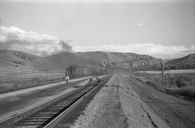 UP_4-6-6-4_3967-with-train_Echo_Aug-29-1947_004_Emil-Albrecht-photo-0222