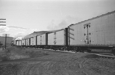 UP_4-6-6-4_3966-with-train_Echo_Aug-29-1947_013_Emil-Albrecht-photo-0222