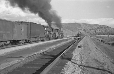 UP_4-6-6-4_3967-with-train_Echo_Aug-29-1947_002_Emil-Albrecht-photo-0222