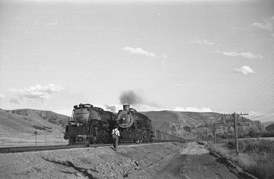 UP_4-6-6-4_3966-with-train_Echo_Aug-29-1947_008_Emil-Albrecht-photo-0222