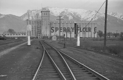 Sperry-Flour_Ogden_March-22-1947_004_Emil-Albrecht-photo-0235-rescan