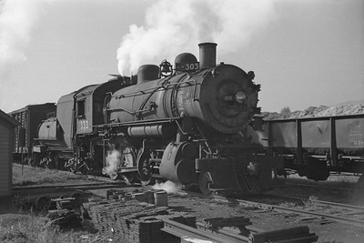 UP_2-8-0_332-with-train_Logan_Oct-18-1947_002_Emil-Albrecht-photo-0232