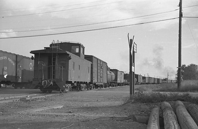 UP_4-6-6-4_3804-with-train_Salt-Lake-City_Oct-5-1947_004_Emil-Albrecht-photo-0231-rescan