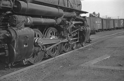 UP_4-6-6-4_3804-with-train_Salt-Lake-City_Oct-5-1947_002_Emil-Albrecht-photo-0231-rescan
