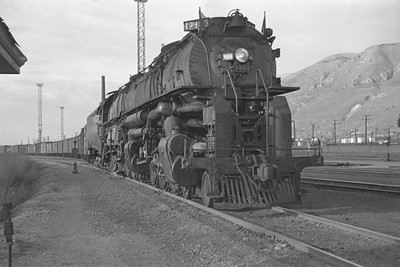 UP_4-6-6-4_3804-with-train_Salt-Lake-City_Oct-5-1947_001_Emil-Albrecht-photo-0231-rescan
