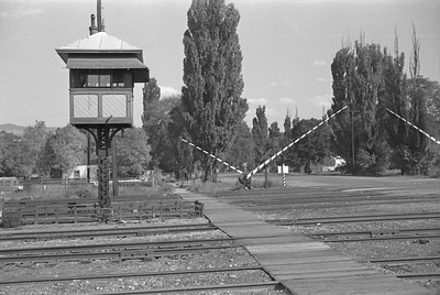 UP-crossing-tower_Salt-Lake-City_Oct-5-1947_001_Emil-Albrecht-photo-230-rescan