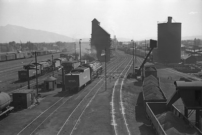 D&RGW-yards-looking-south_Salt-Lake-City_Oct-5-1947_001_Emil-Albrecht-photo-230-rescan