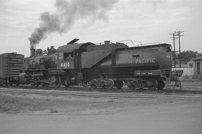 UP_0-6-0_4410-switching_Ogden_1947_Emil-Albrecht-photo-0254-rescan