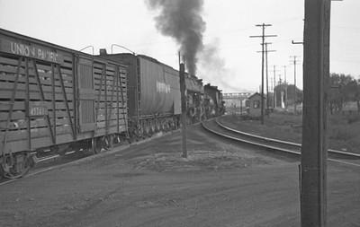 UP_4-6-6-4_3940-with-train_Ogden_Sep-3-1947_002_Emil-Albrecht-photo-0224-rescan