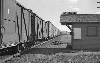 UP_2-8-8-0_3553-with-train_Wheelon_Aug-15-1948_006_Emil-Albrecht-photo-0242-rescan