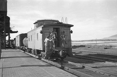 UP_2-10-2_5037-with-train_Cache-Jct_Sep-01-1948_004_Emil-Albrecht-photo-201-rescan
