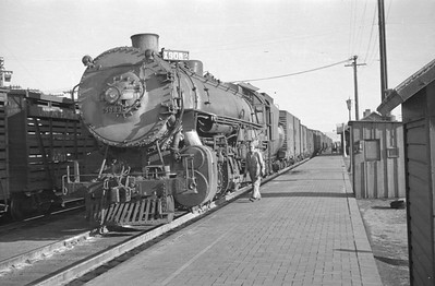 UP_2-10-2_5082-with-train_Cache-Jct_Aug-28-1948_007_Emil-Albrecht-photo-201-rescan