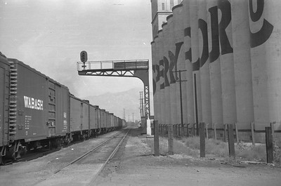 UP_2-10-2_5082-with-train_Ogden_Sep-01-1948_003_Emil-Albrecht-photo-201-rescan