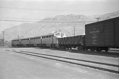 UP_F3_1448-with-train_Salt-Lake-City_Sep-1-1948_003_Emil-Albrecht-photo-0244-rescan