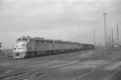 UP_F3_1402A-with-train_Salt-Lake-City_Jan-03-1948_002_Emil-Albrcht-photo-0202-rescan