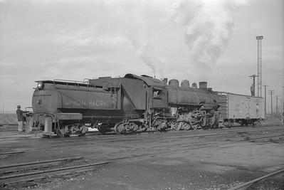 UP_2-8-2_2713-switching_Salt-Lake-City_Jan-03-1948_002_Emil-Albrcht-photo-0202-rescan