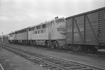 UP_F3_1415-with-train_Cache-Jct_Nov-27-1948_003_Emil-Albrecht-photo-0253-rescan