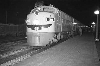 UP_Cache-Jct-night-photo_Oct-1948_002_Emil-Albrecht-photo-0255-rescan