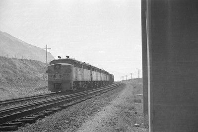 UP_Alco_1620-with-train_near-Black-Rock_Sep-2-1948_006_Emil-Albrecht-photo-0246-rescan
