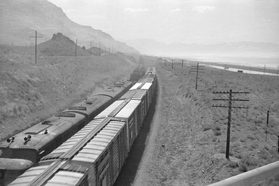 UP_EMD-F-units-with-train_near-Black-Rock_Sep-2-1948_003_Emil-Albrecht-photo-0246-rescan