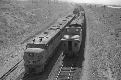 UP_EMD-F-units-with-train_near-Black-Rock_Sep-2-1948_004_Emil-Albrecht-photo-0246-rescan