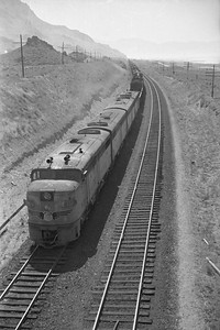 UP_Alco_1620-with-train_near-Black-Rock_Sep-2-1948_001_Emil-Albrecht-photo-0245-rescan