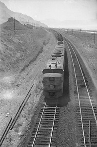 UP_Alco_1620-with-train_near-Black-Rock_Sep-2-1948_002_Emil-Albrecht-photo-0245-rescan