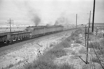 UP_Alco_1620-with-train_near-Black-Rock_Sep-2-1948_009_Emil-Albrecht-photo-0246-rescan