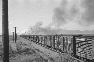 UP_2-10-2_5037-with-train_near-McCammon_Sep-26-1948_003_Emil-Albrecht-photo-0249-rescan