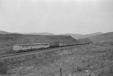 UP_F3_1406-with-train_near-McCammon_Apr-24-1949_001_Emil-Albrecht-photo-0291-rescan