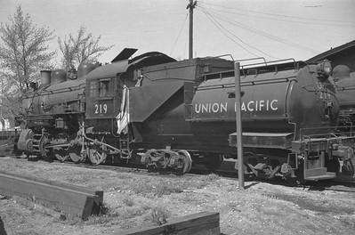 UP_2-8-0_219_Idaho-Falls_Apr-24-1949_Emil-Albrecht-photo-0291-rescan