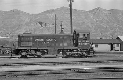UP_Alco-S2_1128_Salt-Lake-City_Apr-5-1949_Emil-Albrecht-photo-0290-rescan