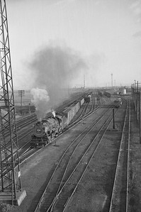 D&RGW_2-10-2_1528-with-train_Roper_Apr-3-1949_002_Emil-Albrecht-photo-0288-rescan